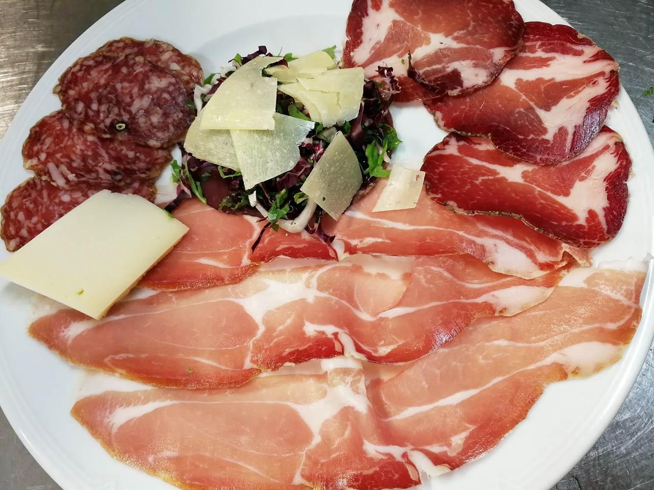 Interno bar - Picture of Ristorante IL Castellaccio, Fano